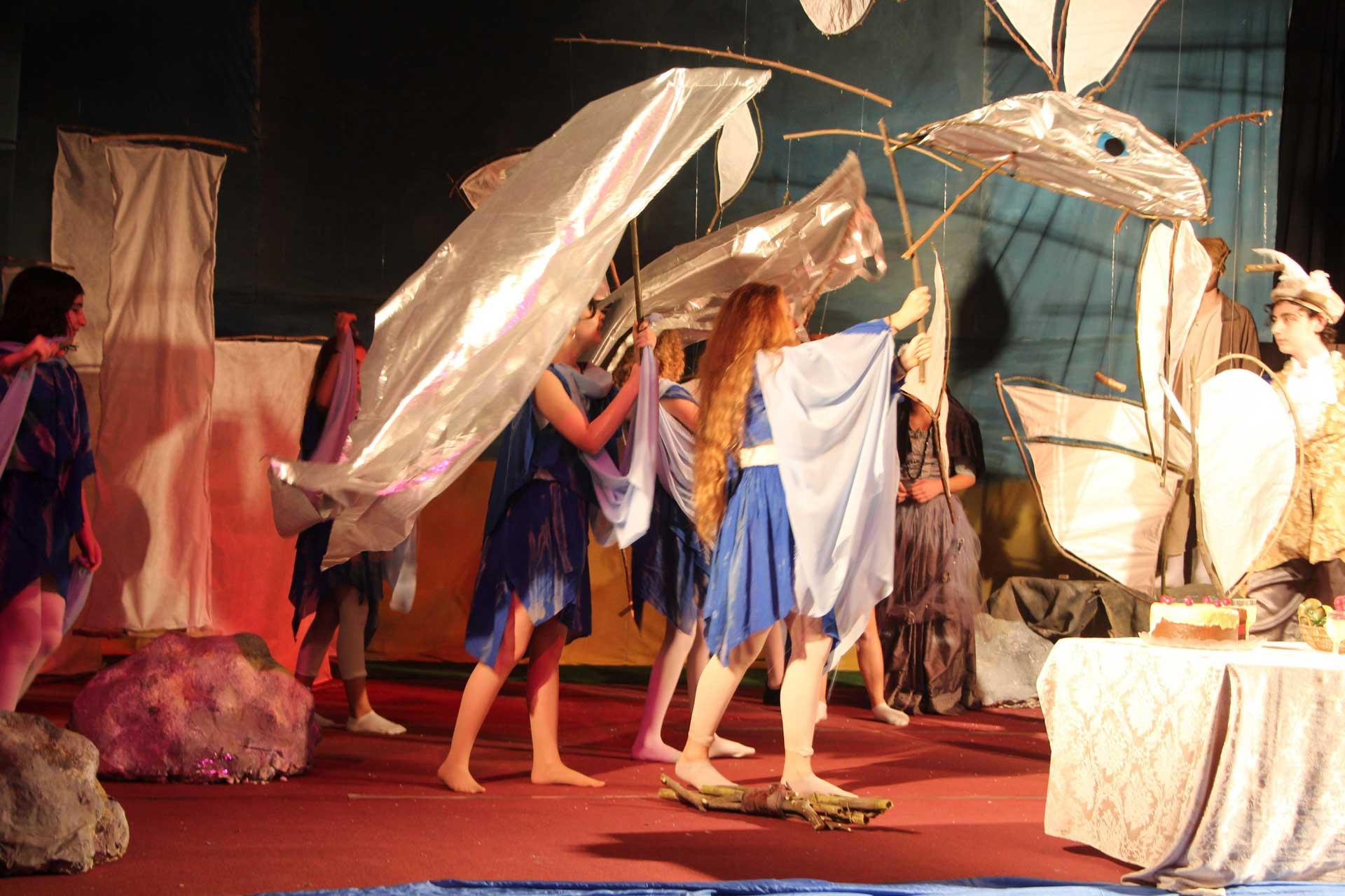 בית ספר תמר מציג: הסערה, הצגה כיתה ח'